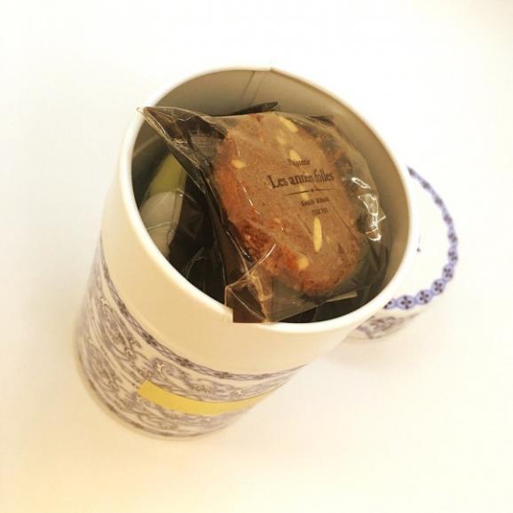 アラベスク缶02