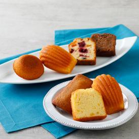 しっとり焼き菓子詰め合わせ。バターは全て発酵バターにするなど、こだわりの材料が使われています。