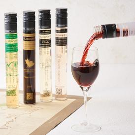 ワイングラスにたっぷり1杯分、フランスの銘醸ワインが100mlずつに瓶詰めされたワインギフトセット。