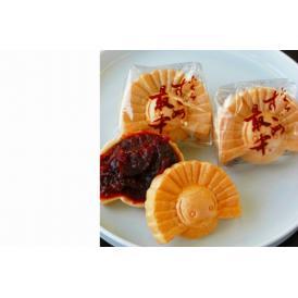 九州佐賀で人気の子すずめ最中10個入り、北海道産小豆を自家製餡して、手作りした粒あん最中です。