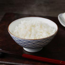 一粒一粒が輝くような艶を持つお米ギフト。品質と味にこだわり抜いており、甘味、粘り、舌触りが絶妙です。