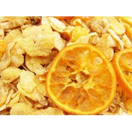 愛媛産柑橘のドライフルーツをふんだんに使用した、食感も味も楽しいみかんグラノーラ。