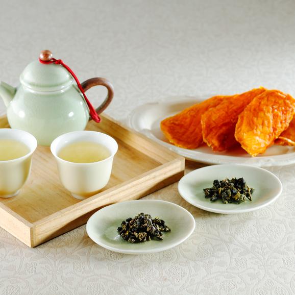 高級高山茶と無添加ドライアップルマンゴーの詰め合わせ01