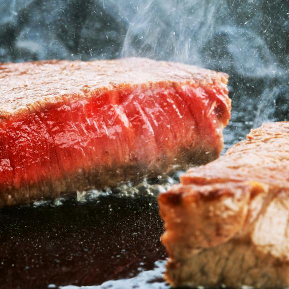 最高級A5ランク仙台牛!極上セット(松)<ヒレステーキ4枚、サーロイン4枚、すき焼き1㎏、特上カルビ1㎏、ランプステーキ9枚03