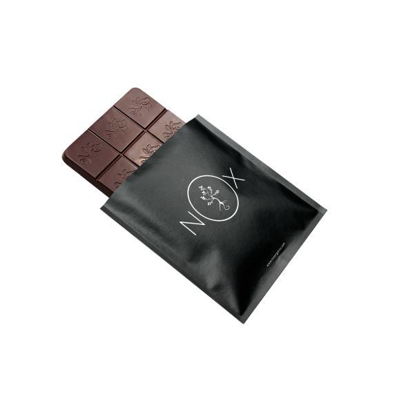NOXオーロラバーチョコレート アーモンド&ヘーゼルナッツ03