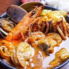 北海道の恵み!竜宮の賄い海鮮スープカレー【500g×2個/2~4人前入り】