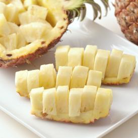 甘くて桃に似た香りがするピーチパインを、是非ご賞味ください!!