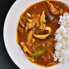 【きのこと合挽肉のスペシャルなカレー】中辛 自家製スープの自然な旨み 化学調味料・保存料 未使用