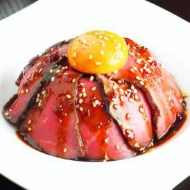 ギフトにも最適 熟成肉 黒毛和牛 ローストビーフ 1ポンド(約450g) 特製タレ付き 熨斗対応可