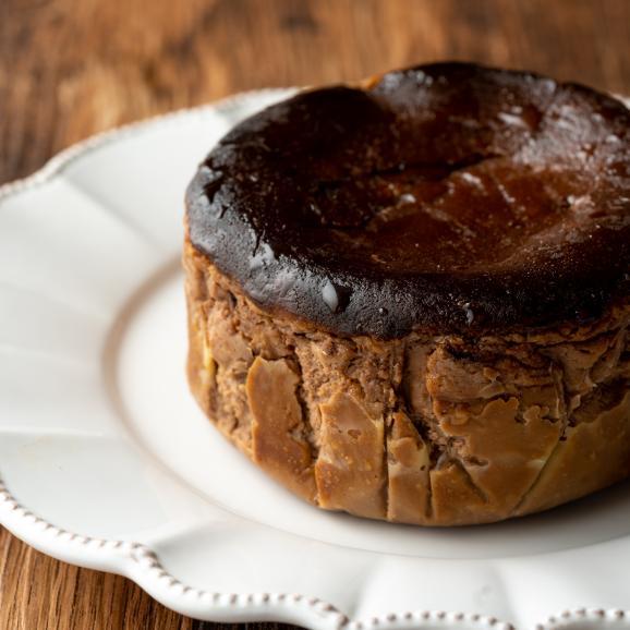 Princess BasqueChocolate Cake02