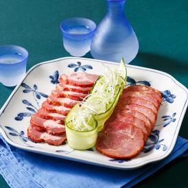 霧島黒豚の素材を活かしながら、ほどよい甘さに仕上げています。