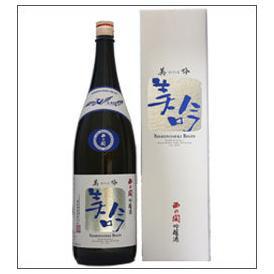 西の関 美吟 吟醸酒 1800ml瓶 萱島酒造 大分県 化粧箱入