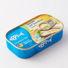 ポーランドの特別な燻製オイルサーディンです。