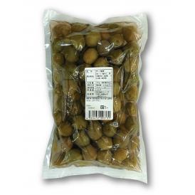発酵させずに渋抜きをした種抜きオリーブです。業務用の大容量サイズ、塩水入り。