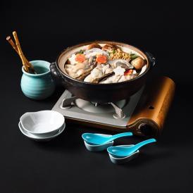 牡蠣土手鍋セット【1人前】届いてすぐに食べられるアルミ鍋入り。牡蠣・野菜・赤みそだし汁・北海道産杵うちうどん