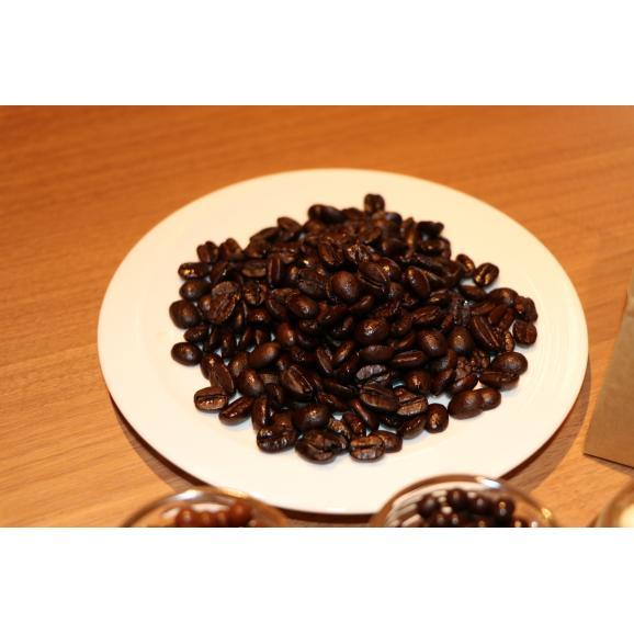 キャビアチョコレート&ストリオーネオリジナルブレンドのコーヒー豆ギフトBOX04