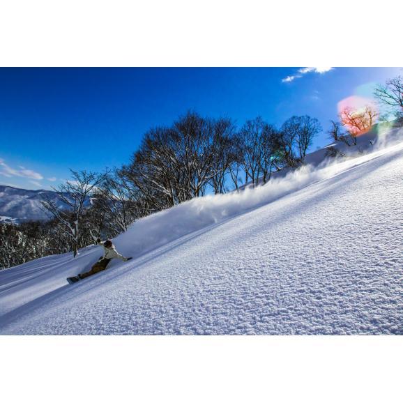 戸狩温泉スキー場 リフト1日券<全日┃小人>01