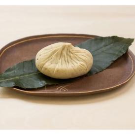 栗の風味が存分に楽しめる素朴な味わいの「栗きんとん」です。