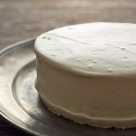 塩糀の柔らかな塩味が、チーズのクセを優しく包み込みまろやかな和の味を醸し出しました。