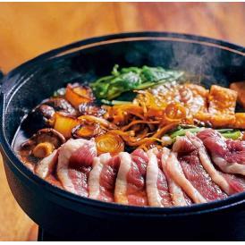 河内鴨すき焼きセット(野菜とお蕎麦付き)です。