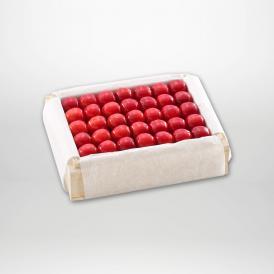 佐藤錦の特撰桐箱詰2Lサイズ約500gです。