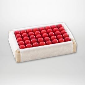 佐藤錦の特撰桐箱詰2Lサイズ約700gです。