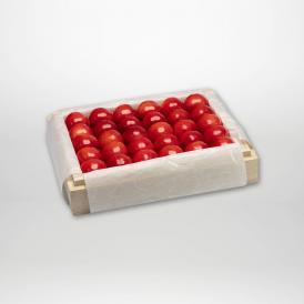 紅秀峰の特選桐箱詰2~3Lサイズ約300gです。