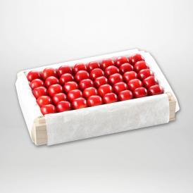 紅秀峰の特選桐箱詰2~3Lサイズ約700gです。