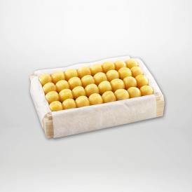 月山錦の特選桐箱詰2~3Lサイズ約700gです。