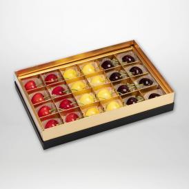 紅秀峰・月山錦・サミットの珠玉のみやび箱詰2~3Lサイズ24粒入りです。