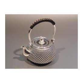 銀製茶器・茶道具 純銀 霰(あられ)急須 大野芳光作