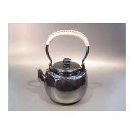 茶器・茶道具 銀瓶 六角肩衝(かたつき)湯沸 銀燻(ギン イブシ)仕上、秀峰堂作