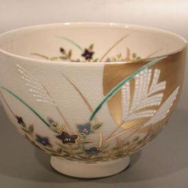 茶碗 月に秋草絵