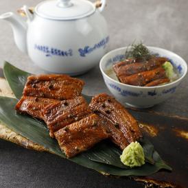 白焼きした鰻を40分蒸し、余分な脂を取ることからぬきうなぎと言います。
