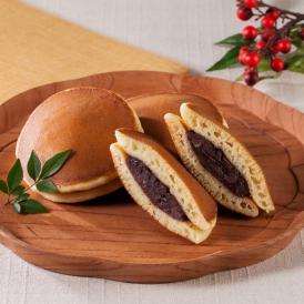 厳選した材料を用いたふっくらもっちりした皮に北海道産の小豆を炊いた粒餡をたっぷり挟みました。