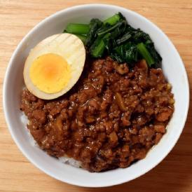 台湾 魯肉飯 の素 業務用 送料無料 屋台飯 ルーローファン ルーロー飯 温めるだけ 10食セット 1食あたり160g 冷凍