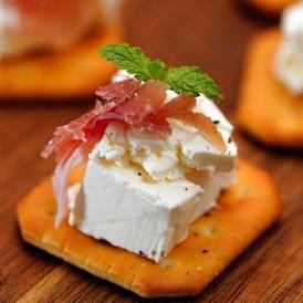 チーズ kiri キリ クリームチーズ ポーションタイプ 18g×80個入 1ケース おつまみ オードブル 冷蔵 送料無料