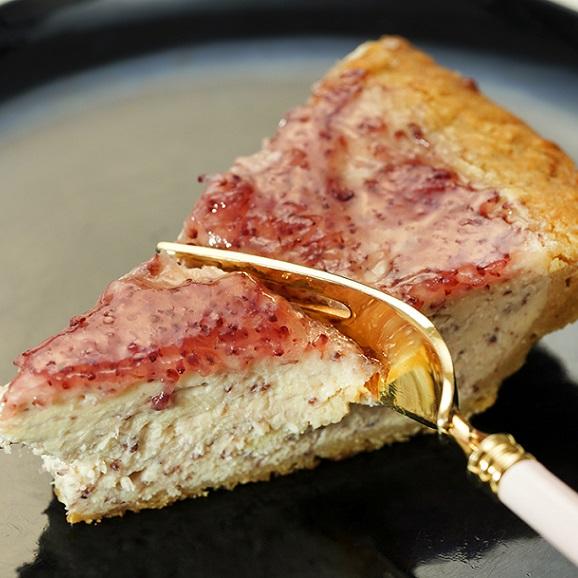 DaLuca『ベイクドチーズケーキ(やまもも)』 1ホール 6号サイズ(18cm)10カットタイプ ※冷凍 送料無料01