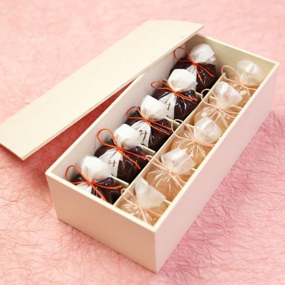 京都 鶴屋光信 お歳暮 御歳暮 ギフト  和菓子 木箱詰合せ 恋桜5個・水羊羹5個 01