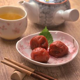 ●和歌山県産紀州南高梅使用!●形がふぞろいで、少し傷のある程度でお味は一緒。