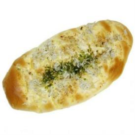 木嶋水産の釜揚げしらすを使った、磯の香り漂う人気のパン。