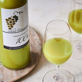 熟練の技術を駆使して生み出された、世界に誇れる最高級のブドウジュース。