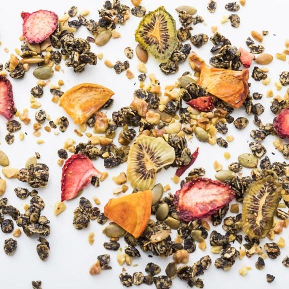 食べる紅茶ノーラ05