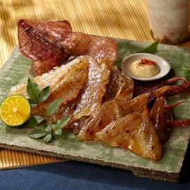 古くから浜田の特産品として親しまれいる魚の旨味を凝縮させた品です。