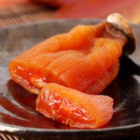 粉吹き・飴色・大粒。しっとりやわらかな柿からあふれ出す、果肉は絶品です。