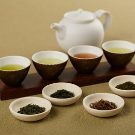 日本や世界のお茶を提案している株式会社茶のみ仲間による「日本の茶産地 銘茶九種詰め合わせ」です。