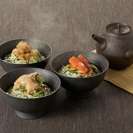 日本人に古来より親しまれている海の幸を、独自の製法で仕上げた茶漬けの逸品です。