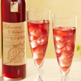梅の産地として有名な群馬県で作られている、昔ながらの赤紫蘇ジュースです。