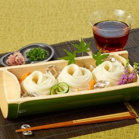 暑い時期は冷やしそうめんとして、寒い時期には温かいにゅう麺として、四季を通じて楽しむことができます。