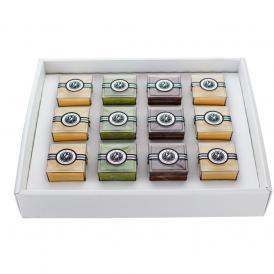 人気の組み合わせ3種類(プレーン6・チョコ3・抹茶3)計12個入